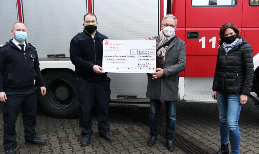 Lions Club Bruchköbel spendet 1250€ für Jugendfeuerwehren