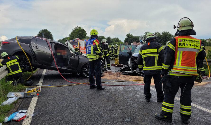 04.07.2021 Verkehrsunfall mit eingeklemmter Person